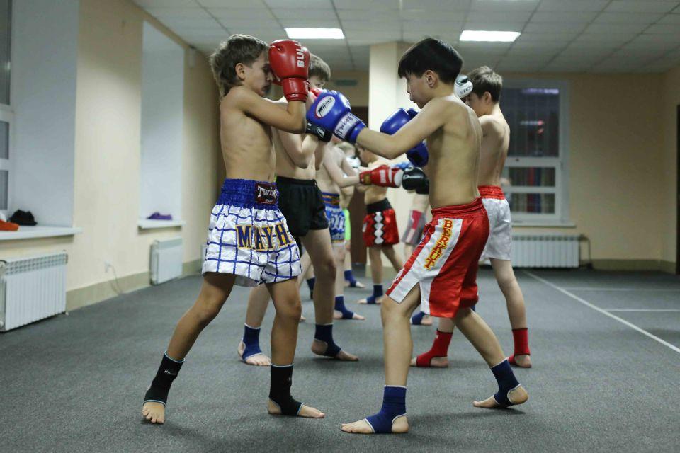 занятия по тайскому боксу в группе Омск